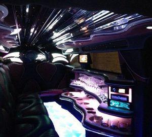 Power Belgium - Hummer H3 comme une Discothèque qui roule